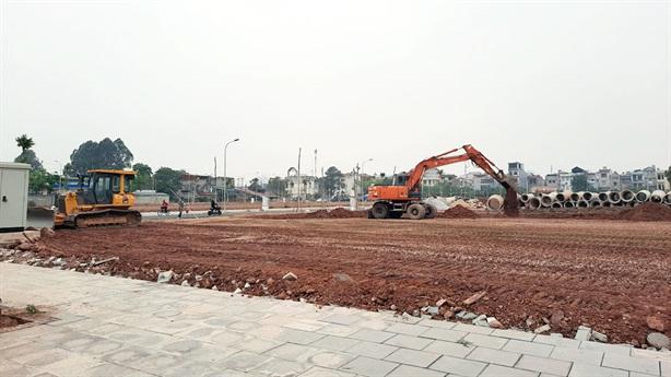 Giá đất hạ từng ngày, khách bỏ cọc hàng trăm lô đất