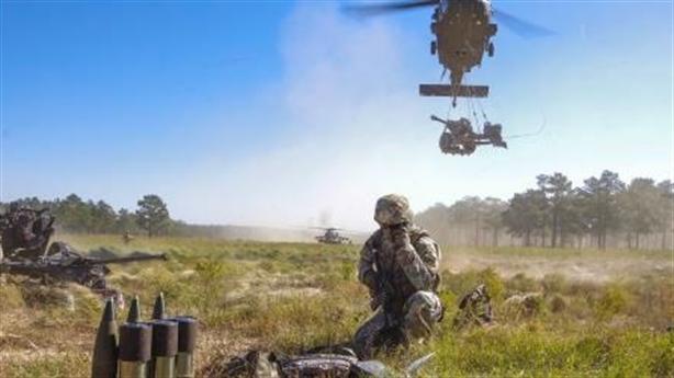 Mỹ dùng 500 quân chọc thủng phòng tuyến Nga?