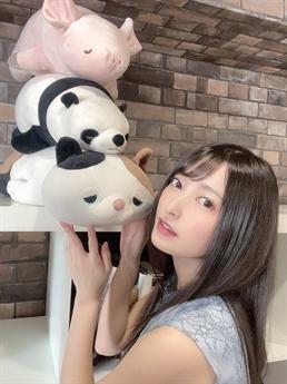 Fujii Iyona là một trong những tân binh mới nhất của làng phim Nhật Bản.
