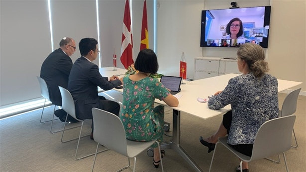 Ký kết hai hợp đồng khảo sát cho dự án La Gàn