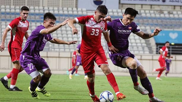 Trận hòa Jordan, lộ điểm yếu tuyển Việt Nam