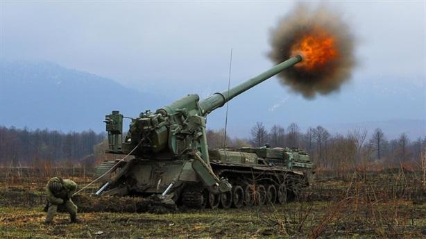 Siêu pháo 203mm Nga đánh đâu trúng đó