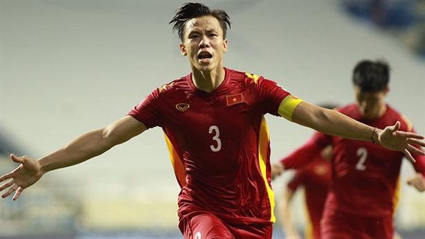 Tuyển Việt Nam thắng Malaysia: Ngôi đầu bảng không xa tầm tay