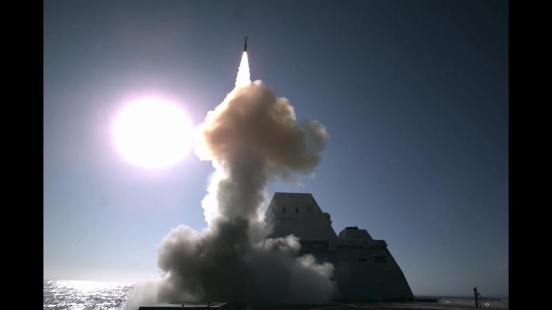 Theo cựu Cố vấn An ninh Quốc gia Mỹ Robert O'Brien, việc Zumwalt được trang bị tên lửa siêu thanh là một phần trong kế hoạch hiện đại hóa lực lượng tàu mặt nước của Mỹ. Cụ thể, cùng với tàu ngầm Virginia, toàn bộ chiến hạm hiện có trong Hải quân Mỹ cũng sẽ nhận được vũ khí công nghệ cao này.