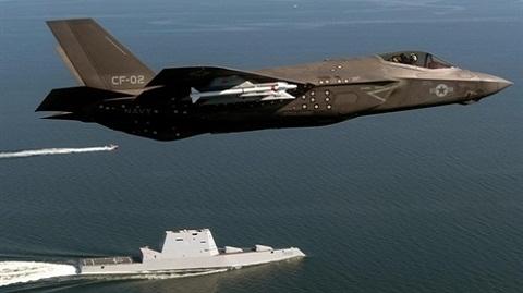 Mỹ muốn đồng minh NATO tấn công tàu chiến Nga bằng...F-35