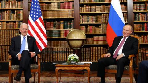 Thượng đỉnh Nga-Mỹ: Mạnh-Yếu bộc lộ ra sao...
