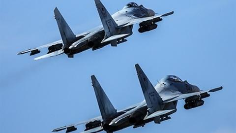 F-35 bị Su-30SM chặn gần căn cứ Hmeimim là của... Israel?