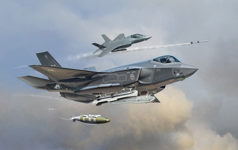 Máy bay được thiết kế có thể chứa tới 4 tên lửa đối không AIM-120 AMRAAM cho các nhiệm vụ không đối không, hoặc hỗn hợp bốn \