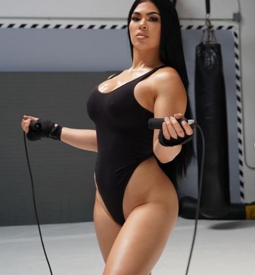 Ostovich đã không bước vào lồng bát giác kể từ tháng 1/2019 sau khi để thua trước Mỹ nhân MMA Paige VanZant.