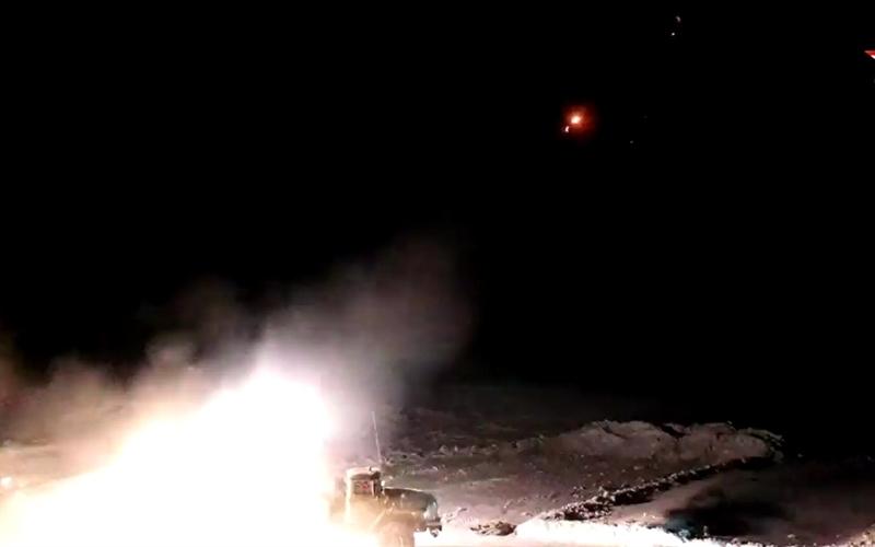 Để tăng hiệu quả chiến đấu cho từng mục tiêu khác nhau, Tornado-G trang bị nhiều loại đạn gồm: Đạn rocket lắp đầu đạn mẹ - con (bên trong đầu đạn chính chứa các đầu đạn phụ có cơ chế tự dẫn đường, xuyên giáp dày 60-100mm) đạt tầm bắn 30km, dùng để diệt bộ binh, xe thiết giáp; đạn rocket lắp đầu nổ phá mảnh đạn tầm bắn 40km.
