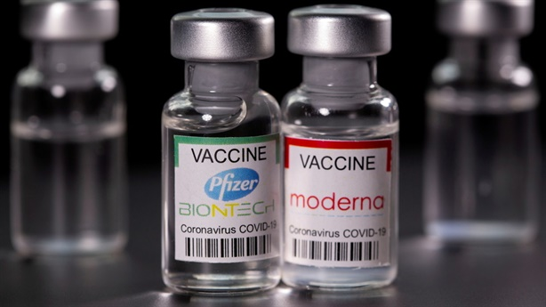 Mỹ cảnh báo chứng viêm tim sau tiêm vaccine Pfizer, Moderna