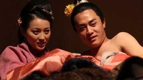 Phan Kim Liên xinh đẹp nhất kể chuyện cảnh nóng