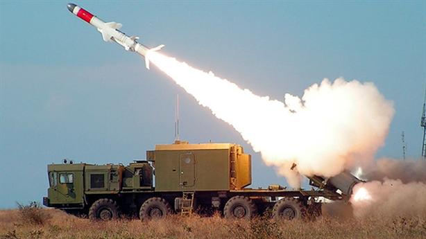 Nga mang 500 phương tiện quân sự đến Kuril diễn tập