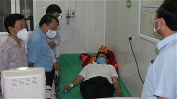 Giám đốc trung tâm y tế kiệt sức khi chống dịch
