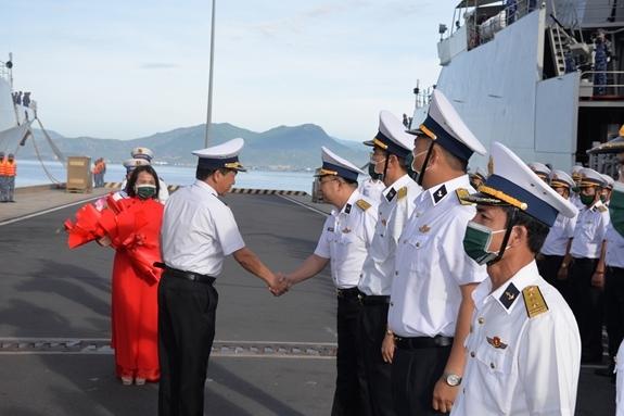 Do diễn biến phức tạp của đại dịch Covid-19, căn cứ vào tình hình cụ thể, Đoàn Hải quân nhân dân Việt Nam sẽ tham gia một số hoạt động lễ tân, giao lưu, tham gia một số di tích, lịch sử, văn hóa tại thành phố Vladivostok.