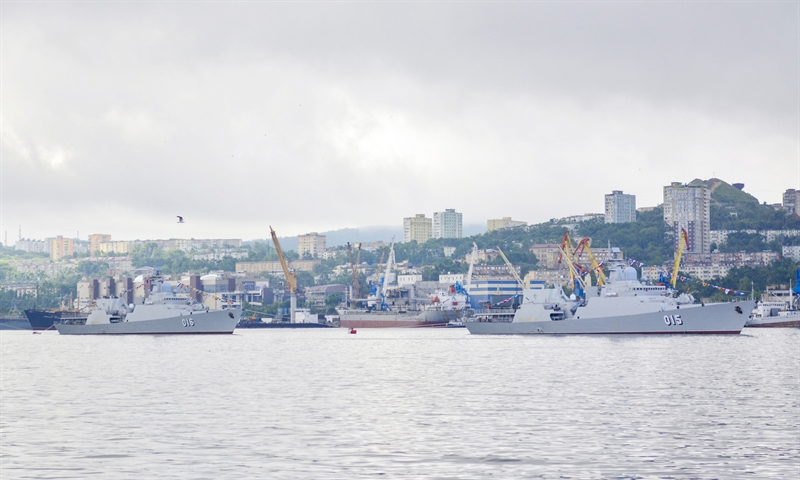 Biên đội tàu 015-Trần Hưng Đạo, tàu 016-Quang Trung thuộc Lữ đoàn 162, Vùng 4 Hải quân cùng đoàn công tác đại diện cho lực lượng tàu Hải quân Việt Nam tham dự sự kiện.