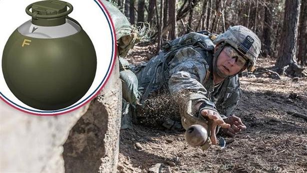 Lựu đạn xung điện từ chuyên diệt vũ khí đối phương