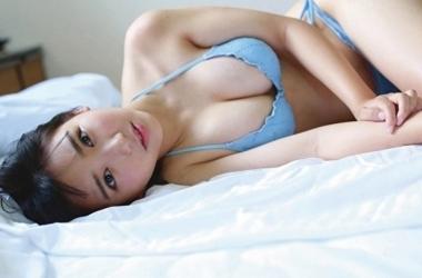 Không như nhiều người đẹp 10X khác, Aiko sở hữu chiều cao khá khiêm tốn là 1.54m.