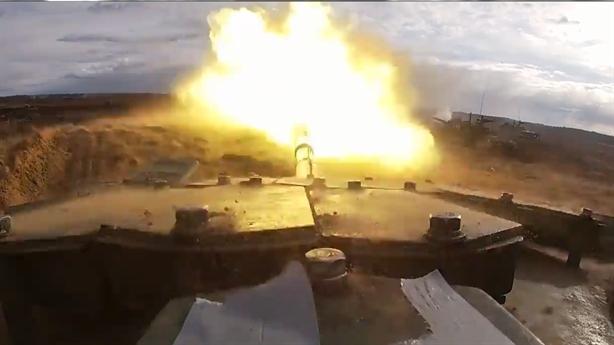 T-72B3 gây kinh ngạc khi chạy 'nhanh như xe F1'