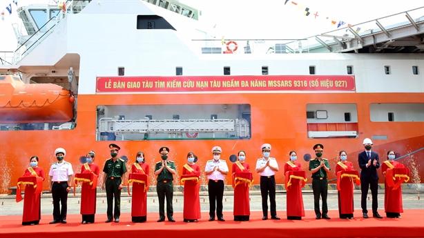 Hải quân Việt Nam trang bị tàu cứu hộ ngầm tối tân