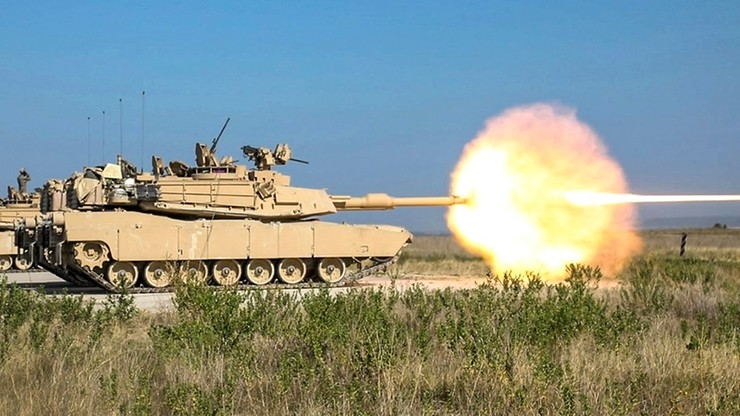 Mẫu tăng nâng cấp này bắt đầu được thử nghiệm từ đầu năm 2021. Đạn AMP được thiết kế để tích hợp đặc điểm của 4 loại đạn pháo tăng khác nhau trong biên chế quân đội Mỹ hiện nay, có thể thay đổi chức năng tùy mục đích sử dụng.