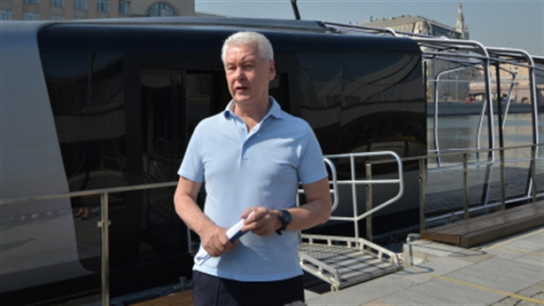 Nga giới thiệu tàu điện trên sông, phục vụ như xe bus