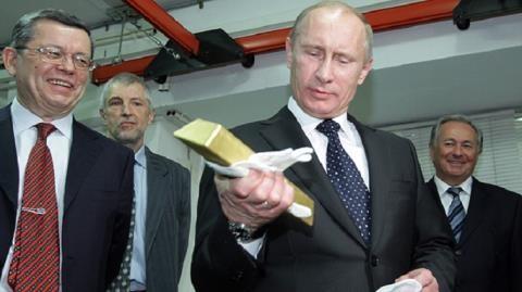 Mô hình kinh tế Nga lỗi thời hay đặc biệt?