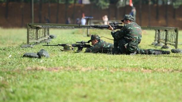 Việt Nam đứng đầu phần thi 'Xạ thủ bắn tỉa'