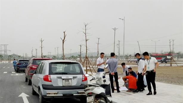 Kinh nghiệm 'sống sót' qua cơn sốt đất