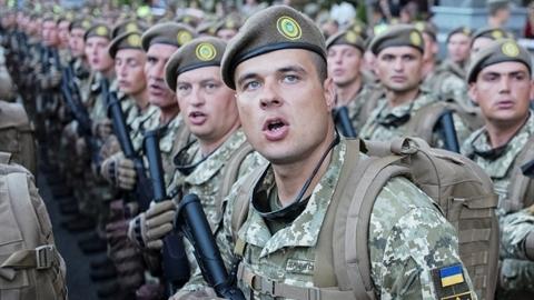 Fakti: 'Ukraine khó lòng cầm cự trước Nga quá 6 giờ'