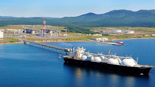 Nga thắng đậm nhờ xuất khẩu năng lượng