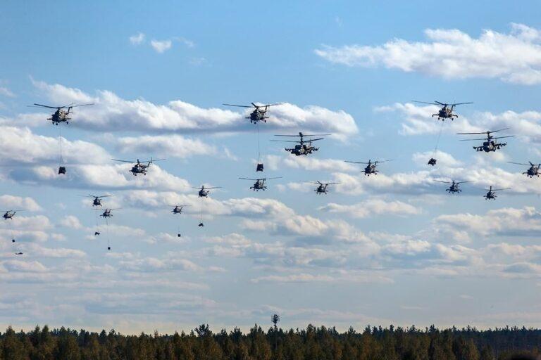 Các cuộc tập trận trong khuôn khổ Zapad-2021 được tổ chức từ ngày 10 đến ngày 16/9 tại 9 bãi tập trên lãnh thổ Nga, ở Biển Baltic và 5 bãi tập ở Belarus.