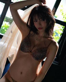 Karen Kaede là một trong những mỹ nhân được yêu thích của làng phim Nhật Bản.