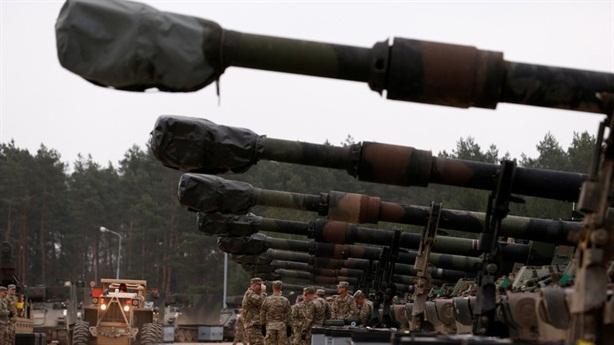 EU đẩy nhanh thành lập quân đội riêng thay NATO?