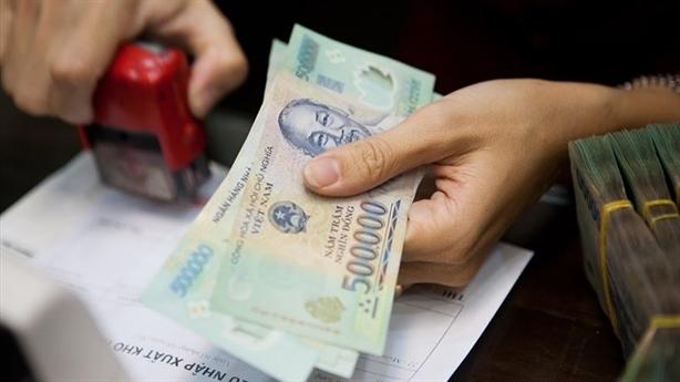 Báo cáo TƯ xem xét lùi thời điểm cải cách tiền lương