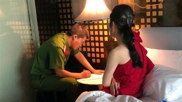 Chủ khách sạn chứa mại dâm trong mùa dịch