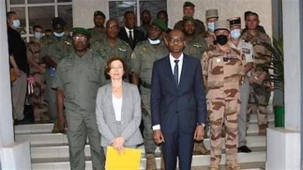 Moscow phủ nhận, Pháp vẫn cảnh báo Mali lính đánh thuê Nga