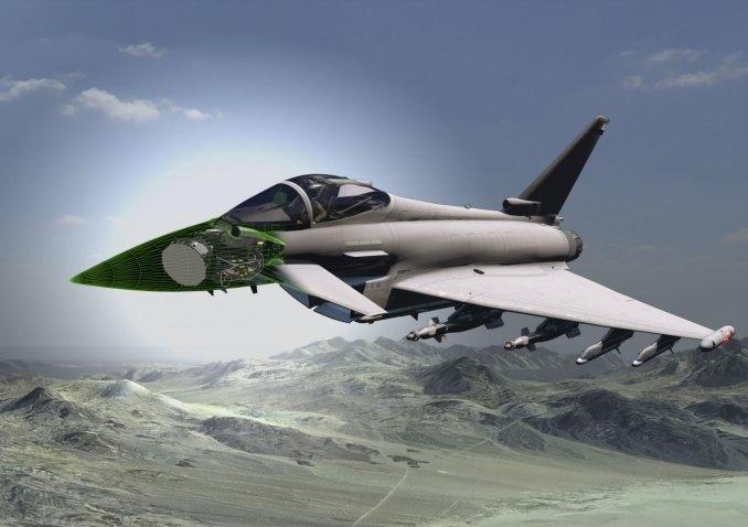 Thiết bị này sẽ cho phép hoạt động đồng thời chức năng tác chiến điện tử (EW) và tấn công điện tử (EA) băng rộng cùng với chế độ không đối không và không đối đất truyền thống.