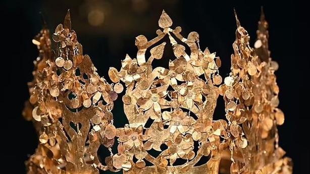 Taliban tìm thấy kho báu vàng 2.000 năm tuổi