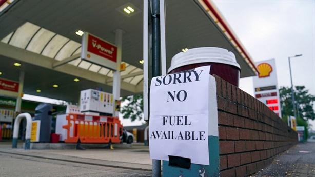 Khủng hoảng xăng dầu Anh, London vẫn tự tin trước mùa đông