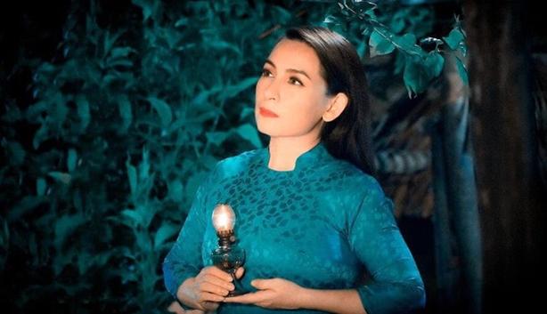 Nữ ca sĩ Phi Nhung qua đời vì Covid-19