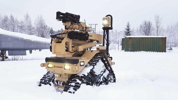 Cùng với 170 robot T7, bản hợp đồng còn ghi rõ nhà sản xuất sẽ phải cung cấp các gói hỗ trợ, bảo trì và đào tạo kíp vận hành. Robot T7 sẽ thay thế hệ thống Xử lý Vật liệu Nổ (EOD) đã được quân đội Mỹ sử dụng trong suốt 20 năm qua.