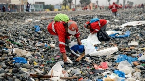Lãng phí gần 3 tỷ USD/năm vì không tái chế nhựa