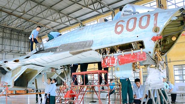 Nhà máy A32 tăng niên hạn sử dụng với Su-27, Su-30MK2