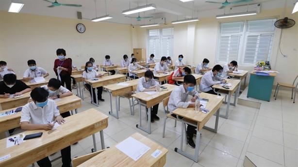 Lập trung tâm khảo thí độc lập: Băn khoăn thêm một kỳ thi!?