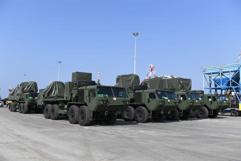 Chuẩn tướng Benjamin Nicholson cho biết khi nói về việc điều động Iron Dome: \
