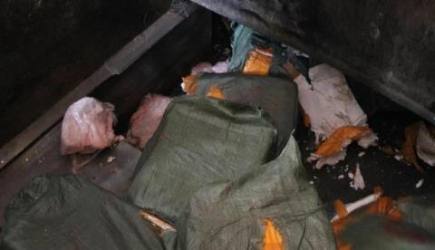 7 tấn nầm lợn không rõ nguồn gốc bị tiêu hủy