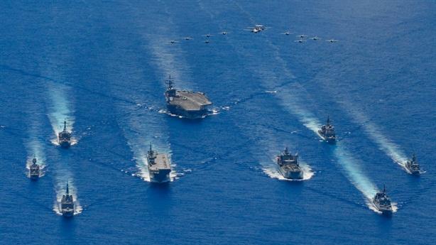 Bộ tứ tập trận lớn khẳng định thế lực trên biển