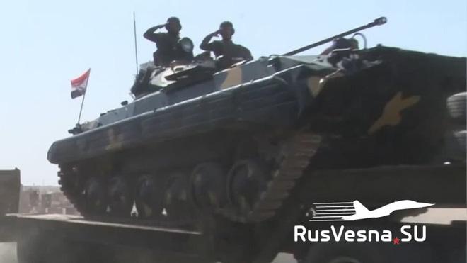 Trang RusVesna.SU cho biết, Sư đoàn Thiết giáp số 4 Vệ binh Cộng hòa Syria (chỉ huy bởi Tướng Maher al-Assad - em trai của Tổng thống Syria Bashar al-Assad) đã được triển khai tại Căn cứ Không quân Minaq lân cận mặt trận nói trên.