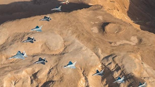 Israel thách thức các hệ thống phòng không
